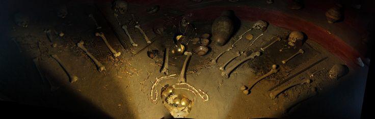 https://flic.kr/p/ygApuc | Museo del oro de Pasto - Tumba