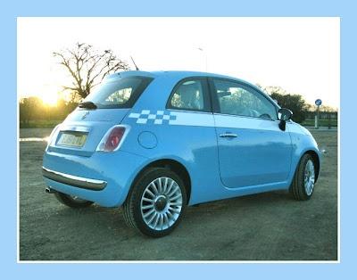 "Fiat 500 TwinAir ""Volare Blue"" w/ stripes"