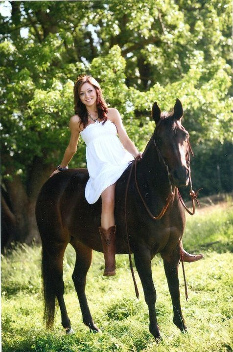 Cowgirl and her horse senior picture idea