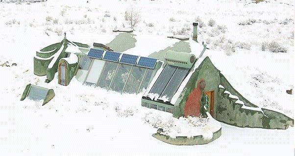 Brrr. It may be be cold outside, but I bets its toasty in this Earthship!: Earth Ships, Step Earthships, Earthship Homes, Earthships Where I Ll, Build Earthships, Earthship In The Snow, Architecture, House, Design