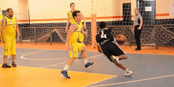 'É campeão', Jacarezinho solta o grito na fase final do basquete nos JANPs - http://projac.com.br/noticias/e-campeao-jacarezinho-solta-o-grito-na-fase-final-basquete-nos-janps.html