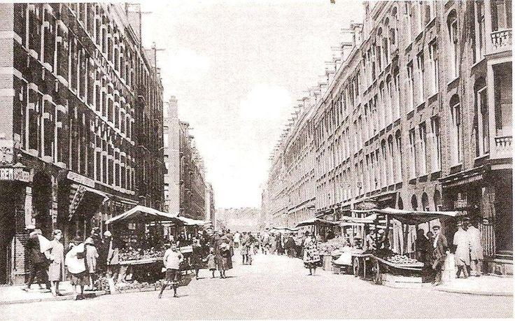 Ten Katemarkt, je ziet in de verte de huizen van de Jan Hanzenstraat.