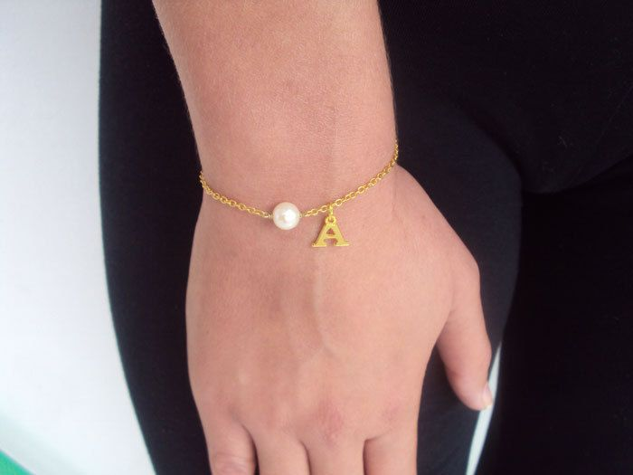 Pearl Bracelet, Personalized Gold Bracelet Woman, Bridesmaid Gift, 14K Gold, Letter Gift Bracelet for Sisters, Monogram Gift for Her by VasiaAccessories on Etsy