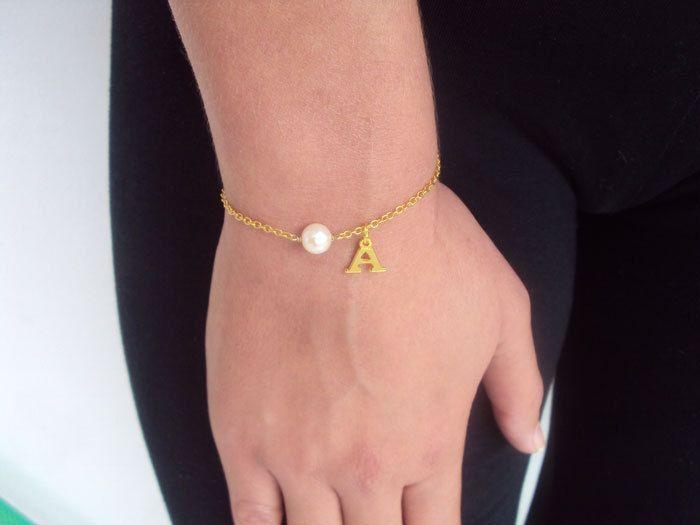 Pearl Bracelet, Personalized Gold Bracelet Woman, Bridesmaid Gift, 14K Gold, Letter Gift Bracelet for Sisters, Monogram Gift for Her by VasiaAccessories on Etsy