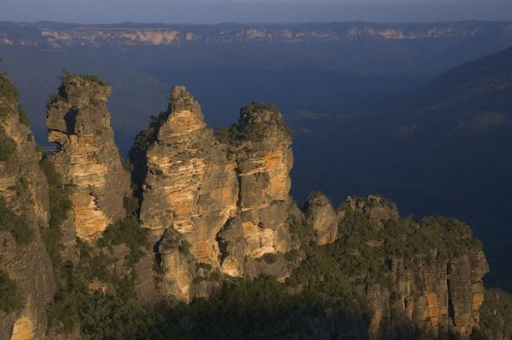 the Three Sisters- Katoomba