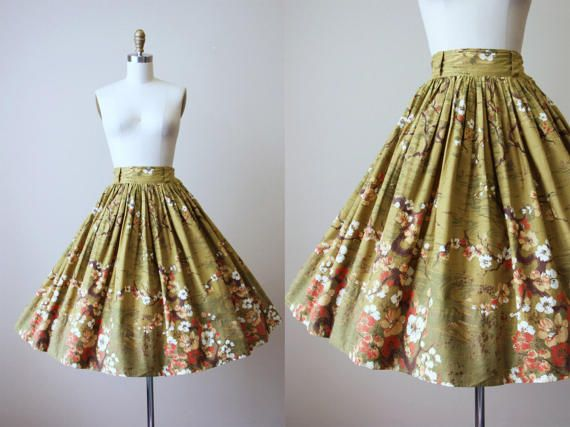 1950s Japanese Cherry Tree Novelty Print Skirt