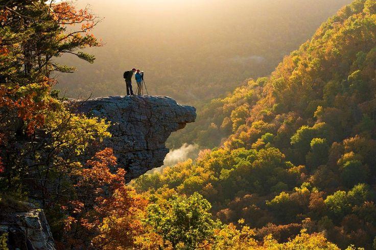 Hike to Whitaker Point in Arkansas #VisitArkansas #HikeArkansas