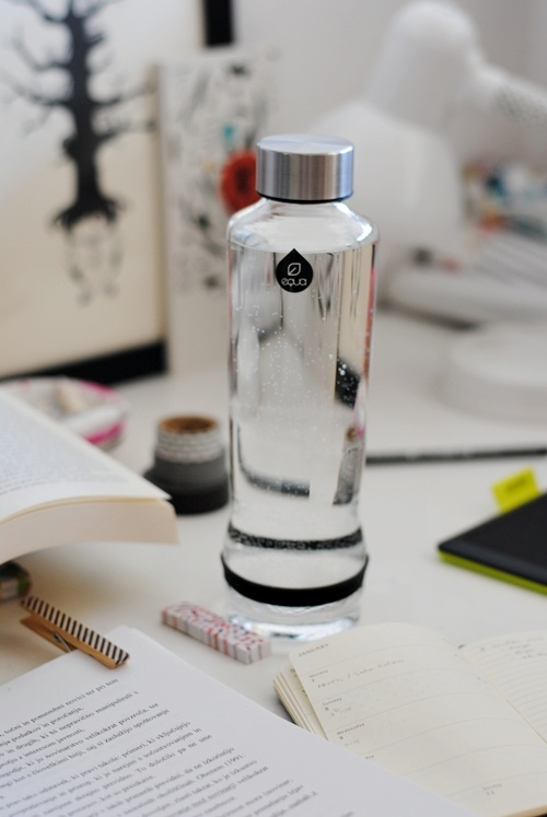 p e p e r m i n t: EQUA + GIVEAWAY; CMYK Drop #waterbottle #blogger #study #healthy #black