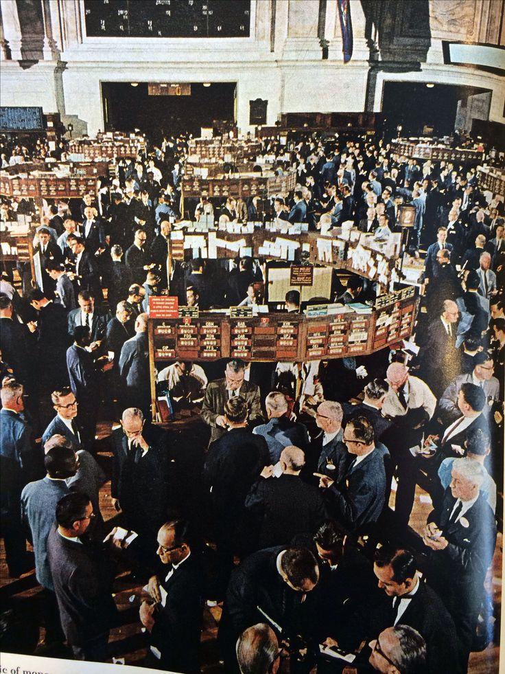 New York Stock Exchange Trading Floor. Wall Street ...