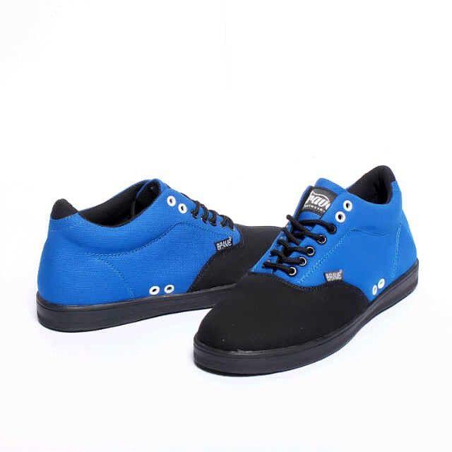 Brave Treguier, Warna: Blue Black, Size : 40-44 Untuk Pemesanan Online Kunjungi : www.rockford-footwear.com *Gratis pengiriman ke seluruh Indonesia Email: contact@rockford-footwear.com Pin :...