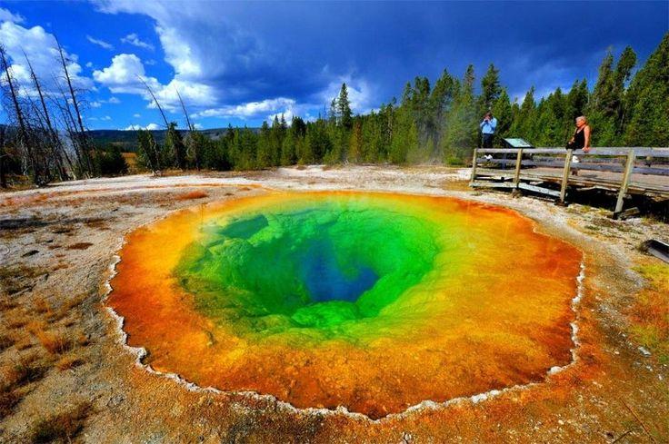 Morning Glory Pool, Yellowstone National Park, Wyoming