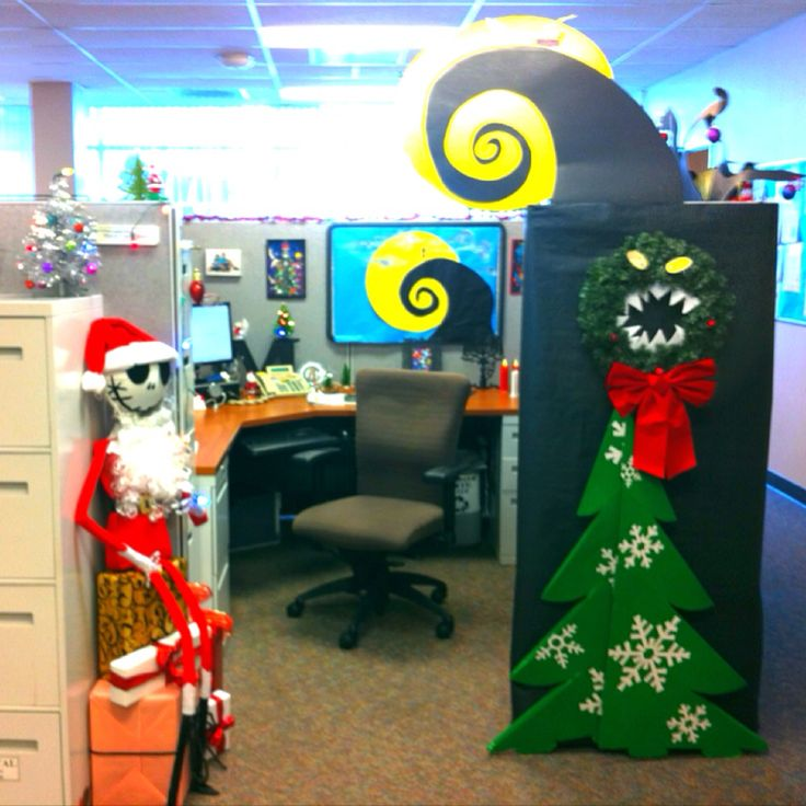 My nightmare before christmas decorate cubical contest for Cubicle decoration xmas