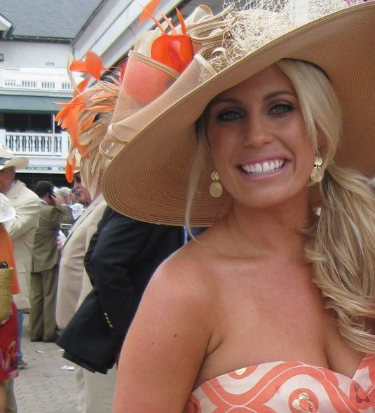 peach Derby hat & sundress