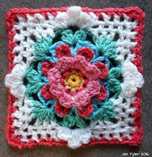 [Free Pattern] This Gorgeous Square Is So Versatile And There's So Many Things You Can Do With It