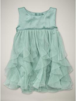 Sweet ruffled dress in a lovely colour.
