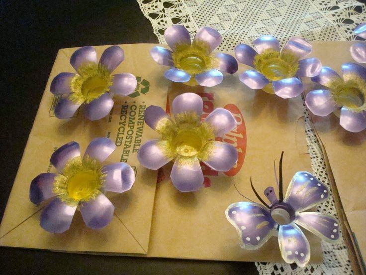 decoraciones+de+navidad+hechas+en+casa | ... Mi Jardin: Guia de flores con luces ,hechas con botellas de plastico