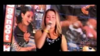 Engel van my hart. - Chanté en Piesang (haar sang onderwyser), via YouTube.