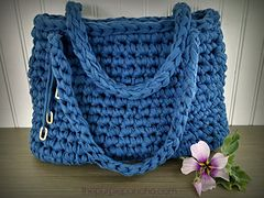 Island Breeze Crochet Bag free pattern by Carolyn Calderon: Ravelry