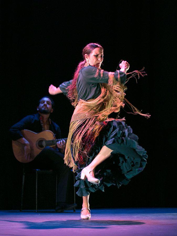 """""""I am a dancer; I am a gypsy. Mi casa es donde vive el ritmo. Danza vive en mi corazón."""" --anonymous"""