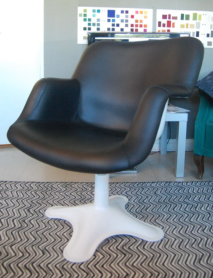 416 - Yrjö Kukkapuro. Newly upholstered by Anu-Riina