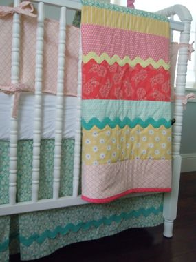 Love the simple quilt.