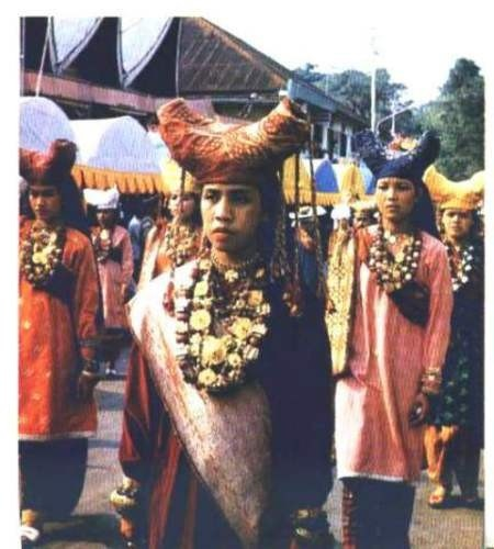 Traditional costumes from Payakumbuh - West Sumatra - Indonesia