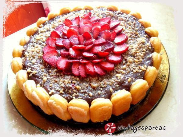 Γλυκό με σαβαγιάρ, φράουλες και σοκολάτα #sintagespareas #fraoules #sokolata