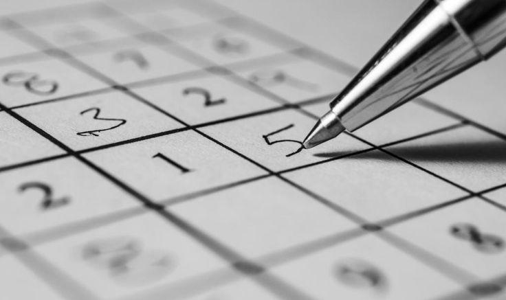 Wer erfand Sudoku – ein Zahlenquadrat verzaubert die Welt.Das Rätselspiel Sudoku ist jedermann ein Begriff. Es fördert die Gehirnleistung und bringt den Kreislauf in Schwung. Doch wie wird das Zahlenquadrat...