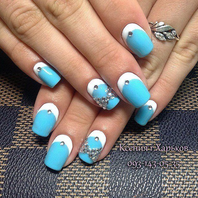 Beautiful summer nails, Blue and white nails, Bright summer nails, Celestial blue nails, Cool nails, French nails with bows, Manicure by summer dress, Nail polish for blue dress