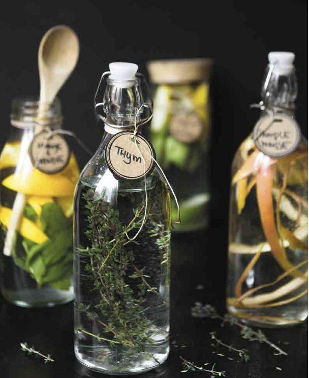 Compliqué à faire, infuser son alcool? Pas du tout!  Allez-y avec les alcools distillés tels que la vodka, le gin, un rhum léger ou une téquila silver.
