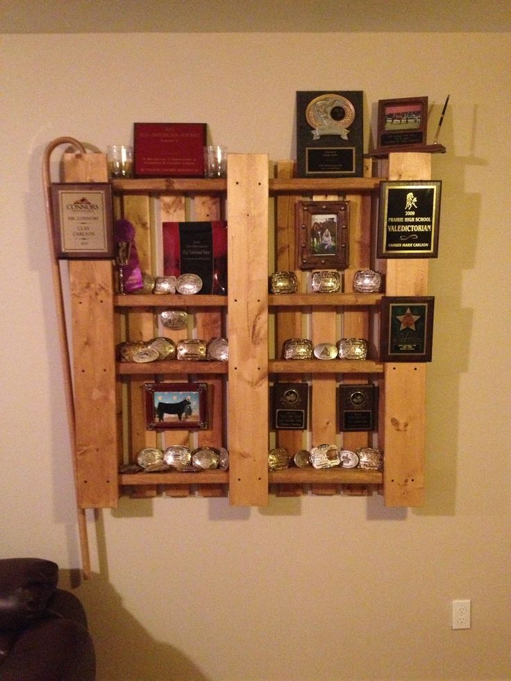 Pallet Used As A Trophy Display Creations By Me