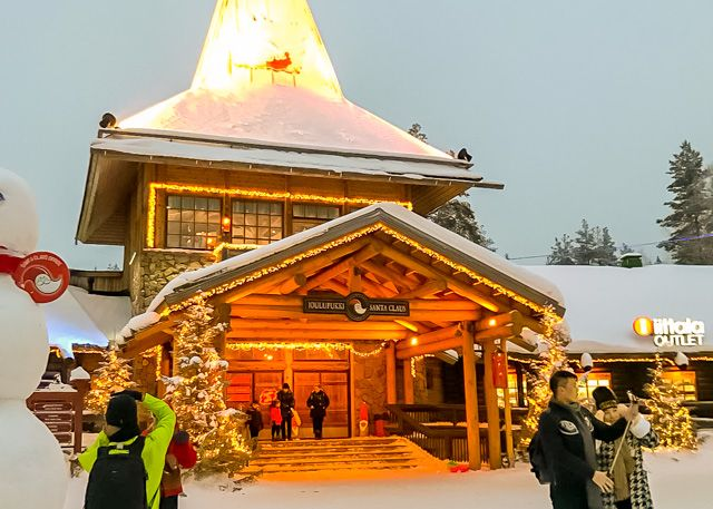 Itinerary (18-days): Finland, Lapland, Arctic Circle, Santa Claus Village .. Bringing the kids to visit Santa Claus for Christmas!