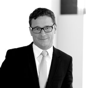 Arbeitsrecht, Arbeitnehmeranwalt, Rechtsanwalt für Arbeitsrecht München spezialisierte Rechtsberatung am Bronhofer Lukač Langlotz & Partner Sendlinger-Tor-Platz 5.