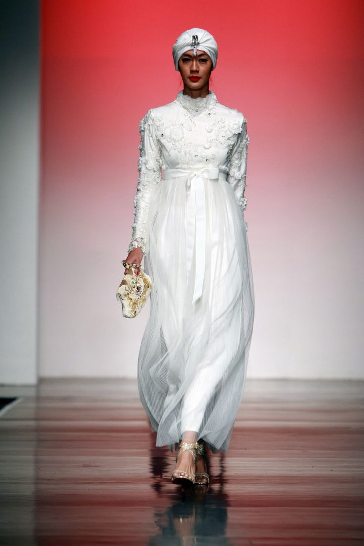 Fabulous Moslem of Indonesia by Adjie Notonegoro, Jakarta Islamic Fashion Week 2013