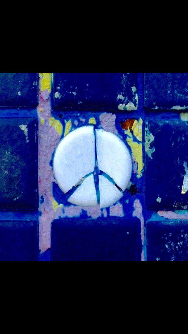 NEW YORK - Peace