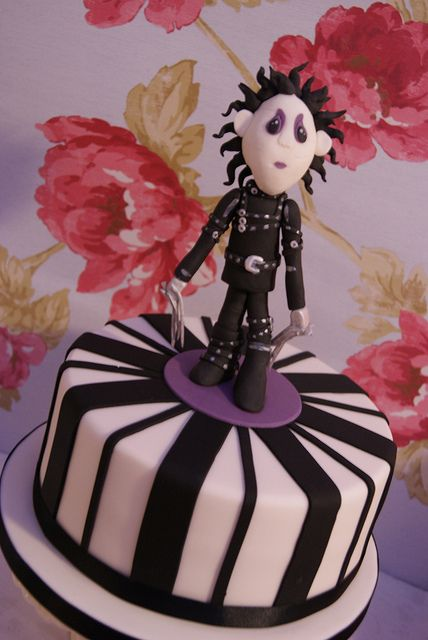 Edward Scissorhands by Cakes by Occasion, via Flickr