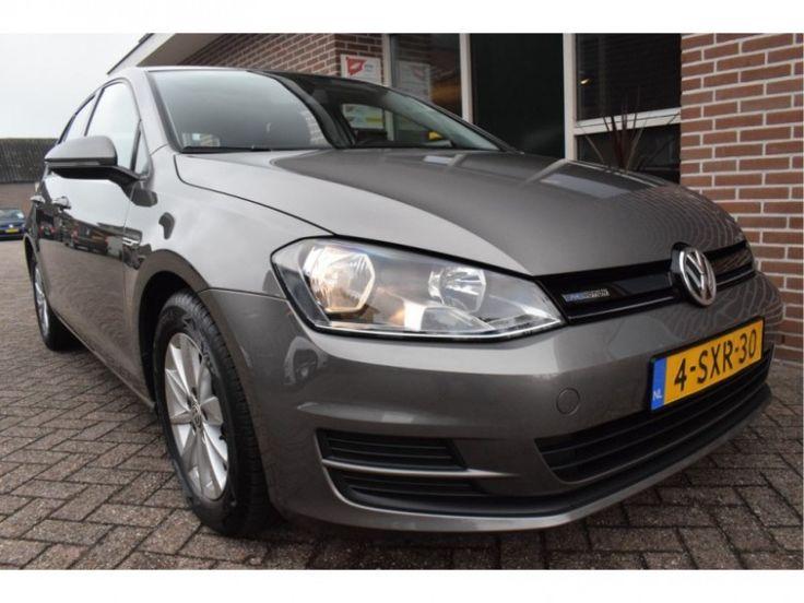 Volkswagen Golf  Description: Volkswagen Golf 1.6 TDI 81kw 110pk H6 TRENDLINE BLUEMOTION Executive Ecc Navigatie 5drs. - 5045110-AWD  Price: 231.31  Meer informatie