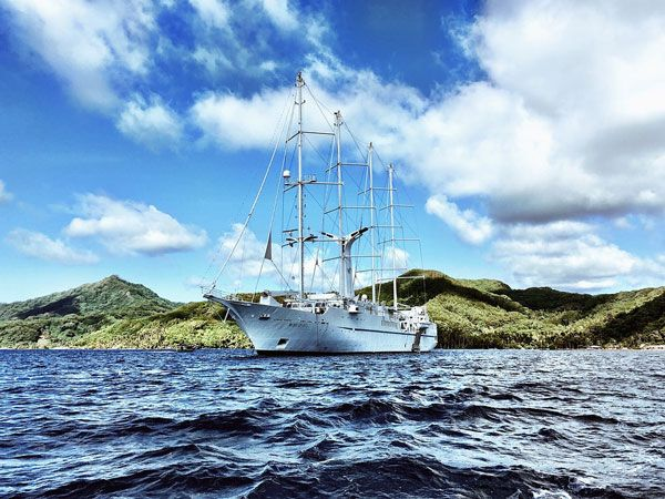 Six Things You Should Know About A Windstar Tahiti Cruise