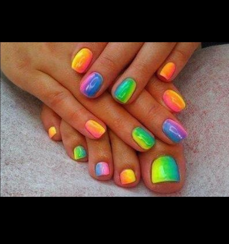 Jamberry Jamberry Jamberry! So many new designs to choose from. Styles for everyone and that work for everyone's busy lifestyles. No chipping, scuffing or dry time. Lasts for weeks and catches people's attention everywhere you go! Nail art, wedding, French tip, ombré ombre, rainbow,