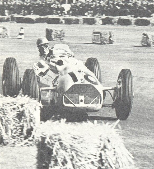 #18 Johnny Claes (Bel) - Talbot Lago T126C (Talbot 6) 11 (21) Ecurie Belge