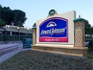 Anaheim (CA) Howard Johnson Anaheim Hotel and Water Playground United States, North America Stop at Howard Johnson Anaheim Hotel and Water Playground to discover the wonders of Anaheim (CA). Offering a variety of facilities and services, the hotel provides all you need for a good night's sleep. Free Wi-Fi in all rooms, 24-hour front desk, facilities for disabled guests, luggage storage, family room are just some of the facilities on offer. Guestrooms are designed to provide an...