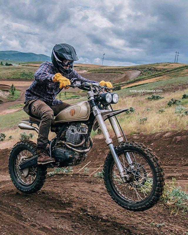 From @uglybros_usa - . MOTORPOOL Armored Jeans www.uglybrosusa.com/shop . @kaycee_landsaw // @nostalgia_memoir // @bangmoto . . . #uglybros_usa #uglybrosusa #ubusa #motorcycle #caferacer #honda #scrambler #hindacaferacer #hondaxl500 #xl500 #custommotorcycles #nortondominator #everydayisforriding #mensstyle