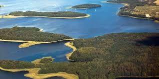 Wirtualne żeglowanie po mazurskich jeziorach.