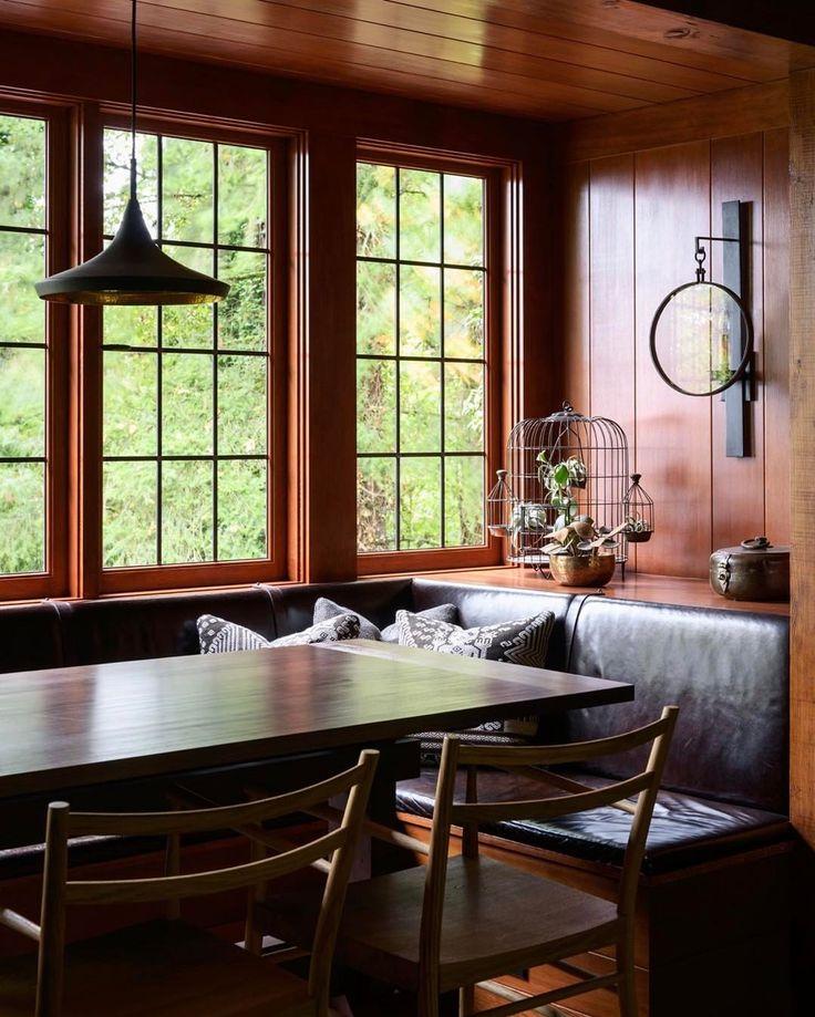 Cozy breakfast nook. #swhillstudor #jhinteriordesign #welovebuiltinfurniture