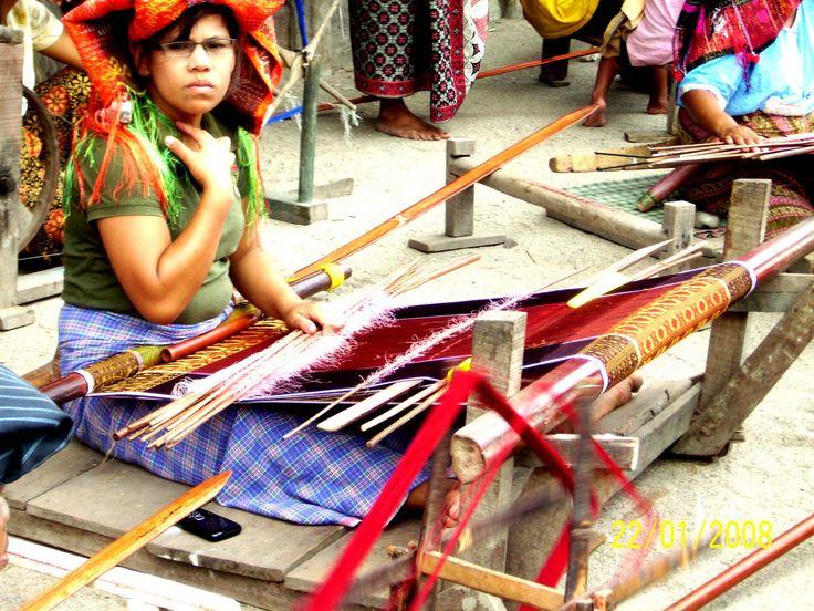 weave  Ulos