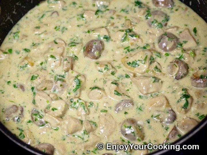 Csirkés gombaragú – ínycsiklandó szósszal, mámorító étel könnyedén - MindenegybenBlog