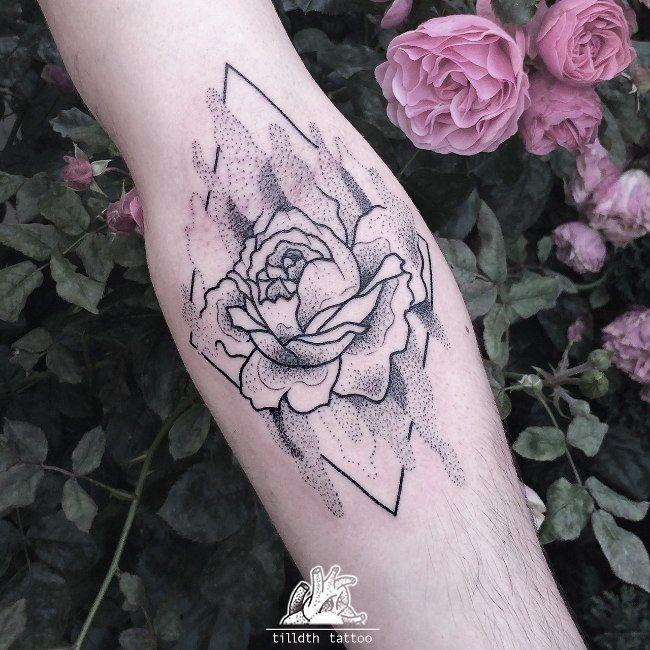 Tatouage Roses Dotwork sur Avant,Bras pour Homme