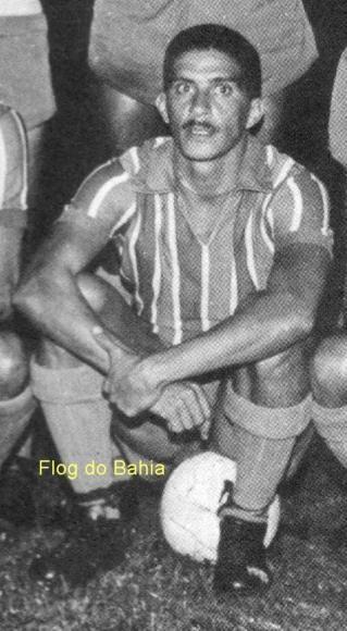 Léo - Artilheiro da Taça Brasil de 1959 com 8 gols  A Taça Brasil foi criada para que o Brasil tivesse um Campeão Nacional e assim pudesse indicar seu representante na Taça Libertadores da América. O Bahia, 1º Campeão Nacional, foi o primeiro representante brasileiro na competição. Na época só os campeões nacionais sul americanos partcipavam do torneio.