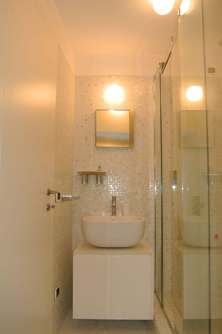 Oltre 25 fantastiche idee su Bagno Con Mosaico su Pinterest  Bagni e Pavimenti in piastrelle ...