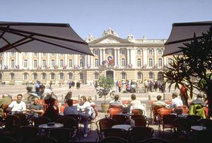 How to Take a 9-Stop Tour of the South of France: South of France Tour Stop in Toulouse